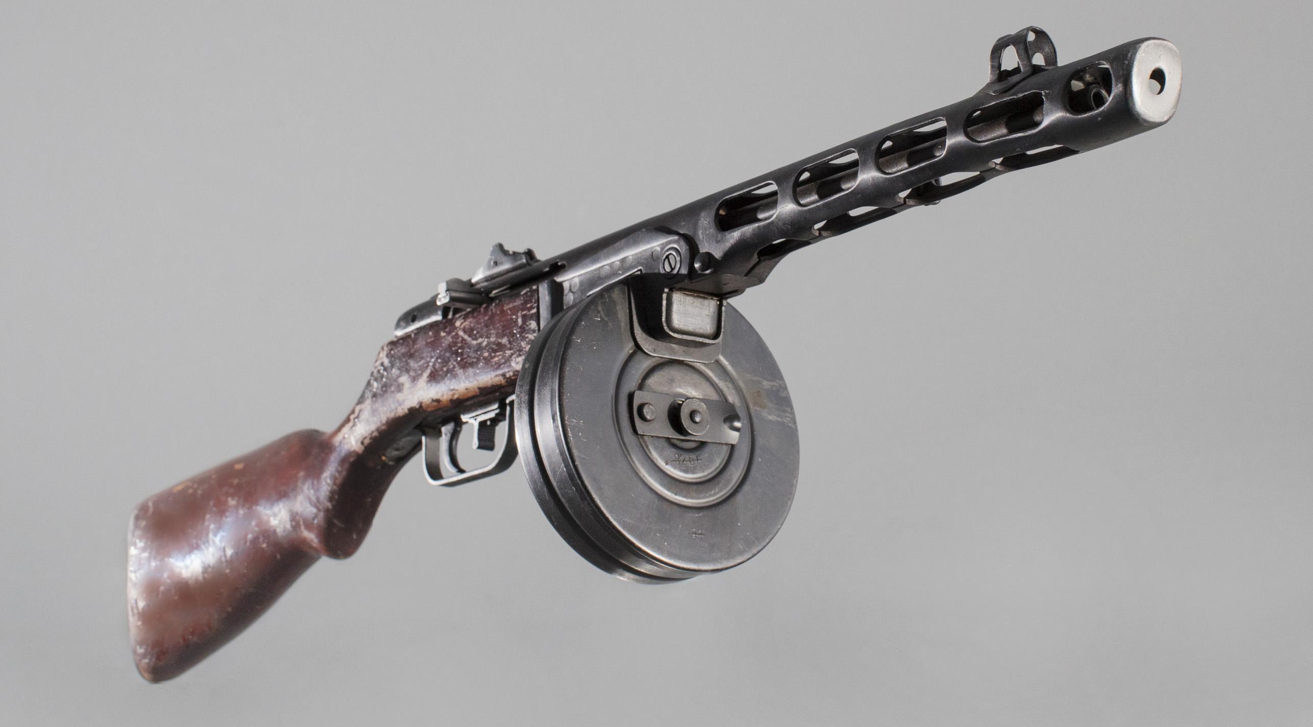 100 лет «Красной Армии»: Пистолет-пулемет Шпагина ППШ-41 ...